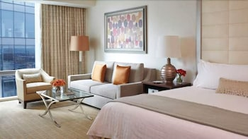 포 시즌스 호텔 볼티모어(Four Seasons Hotel Baltimore) Hotel Image 2 - Guestroom