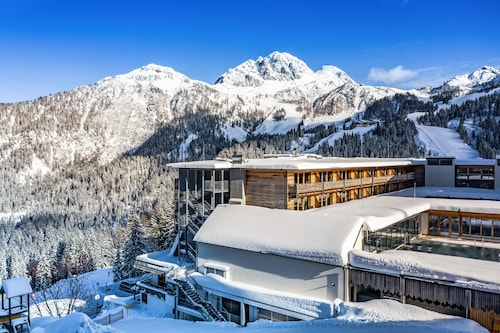 __{offers.Best_flights}__ Falkensteiner Hotel Sonnenalpe