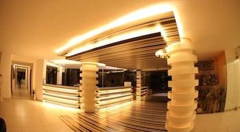 사와리 리조트 앤드 호텔(Sawary Resort and Hotel) Hotel Image 1 - Lobby