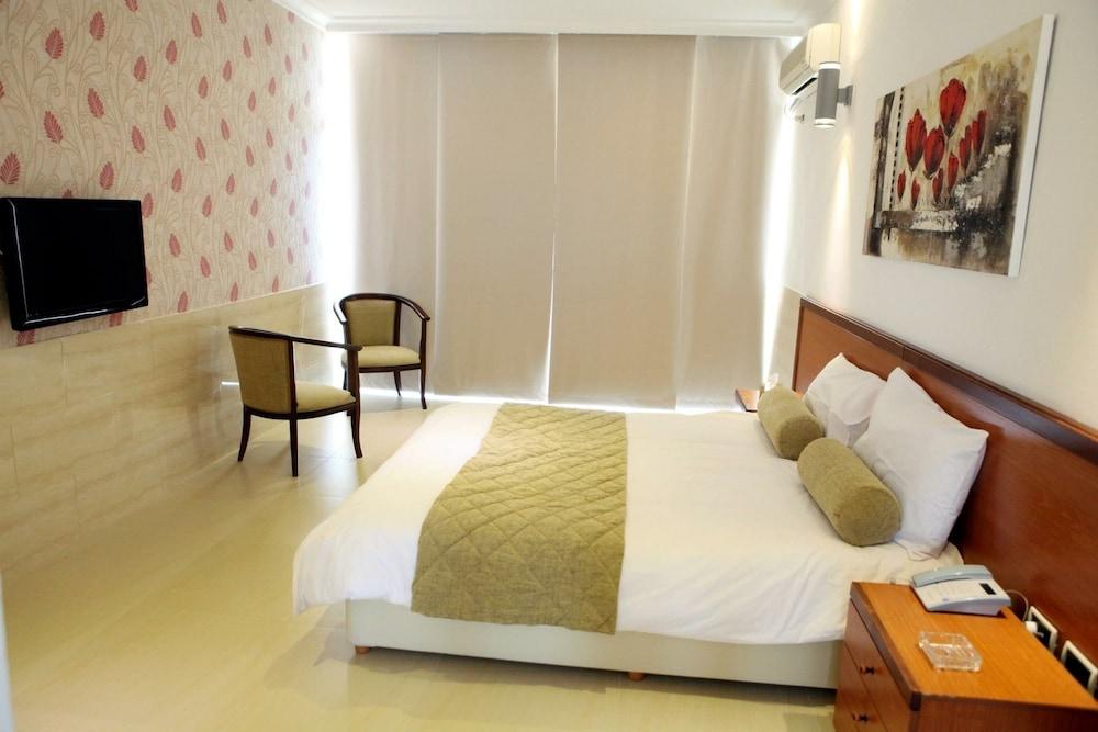 사와리 리조트 앤드 호텔(Sawary Resort and Hotel) Hotel Image 3 - Guestroom