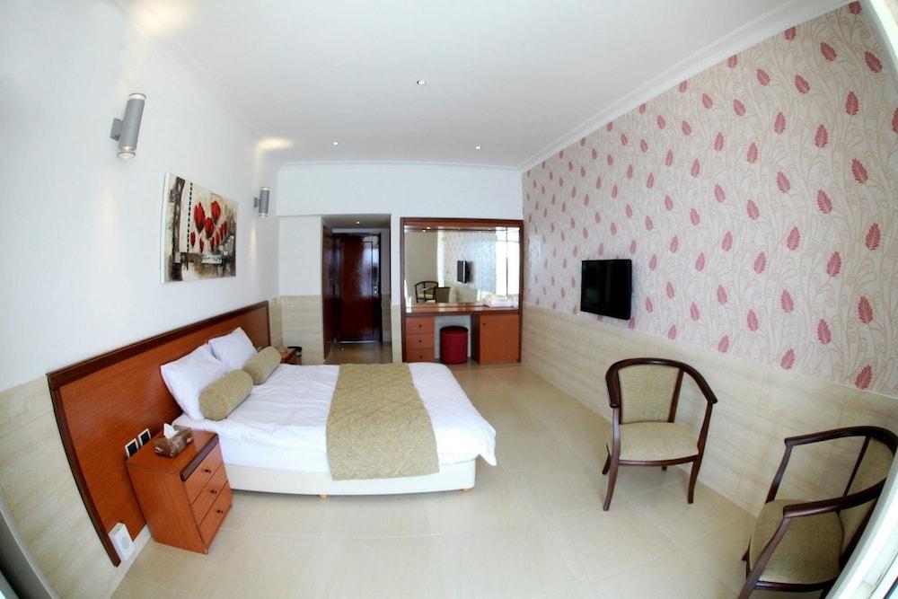 사와리 리조트 앤드 호텔(Sawary Resort and Hotel) Hotel Image 7 - Guestroom