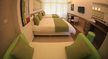 사와리 리조트 앤드 호텔(Sawary Resort and Hotel) Hotel Image 2 - Guestroom