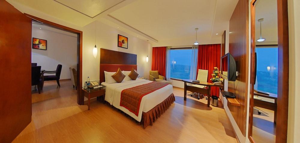고쿨람 파크 코임바토르(Gokulam Park Coimbatore) Hotel Image 10 - Living Area