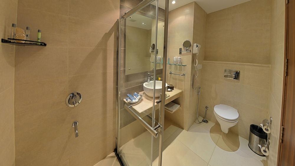 고쿨람 파크 코임바토르(Gokulam Park Coimbatore) Hotel Image 16 - Guestroom