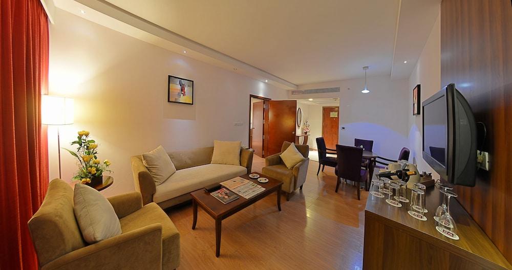 고쿨람 파크 코임바토르(Gokulam Park Coimbatore) Hotel Image 8 - Guestroom