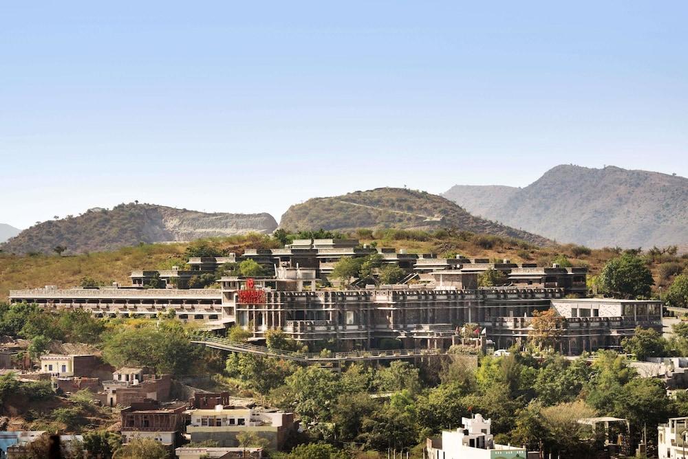 라마다 우다이푸르 리조트 앤드 스파(Ramada Udaipur Resort and Spa) Hotel Image 58 - Exterior