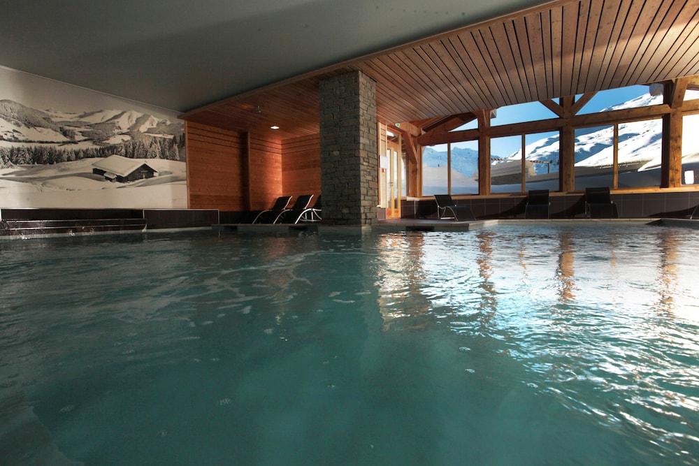 르 샬렛 뒤 몬트 발론 스파 리조트(Le Chalet du Mont Vallon Spa Resort) Hotel Image 21 - Exercise/Lap Pool