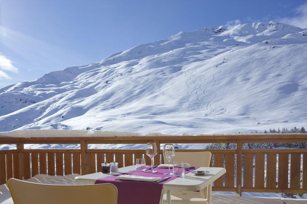 르 샬렛 뒤 몬트 발론 스파 리조트(Le Chalet du Mont Vallon Spa Resort) Hotel Image 41 - Outdoor Dining