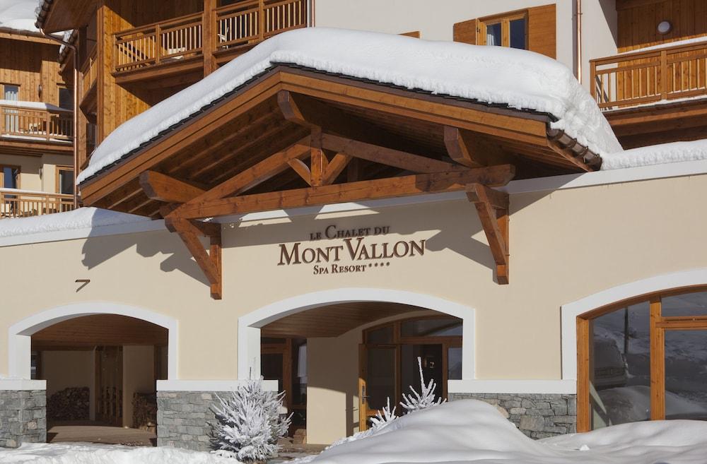 르 샬렛 뒤 몬트 발론 스파 리조트(Le Chalet du Mont Vallon Spa Resort) Hotel Image 39 - Hotel Entrance