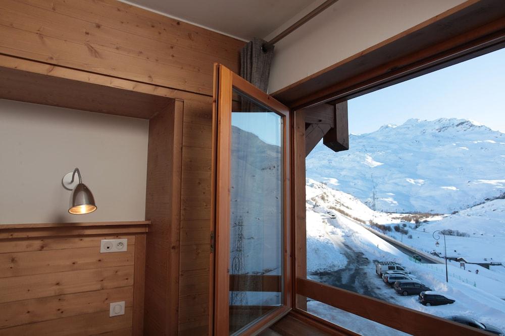 르 샬렛 뒤 몬트 발론 스파 리조트(Le Chalet du Mont Vallon Spa Resort) Hotel Image 51 - Mountain View