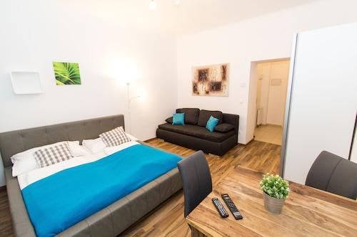 . CheckVienna – Apartment Haberlgasse