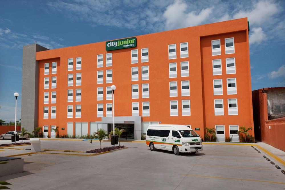 시티 익스프레스 주니어 베라크루즈  아에로푸에르토(City Express Junior Veracruz Aeropuerto) Hotel Image 12 - Property Grounds