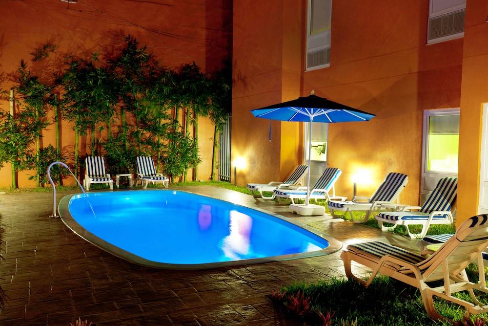 시티 익스프레스 주니어 베라크루즈  아에로푸에르토(City Express Junior Veracruz Aeropuerto) Hotel Image 0 - Featured Image