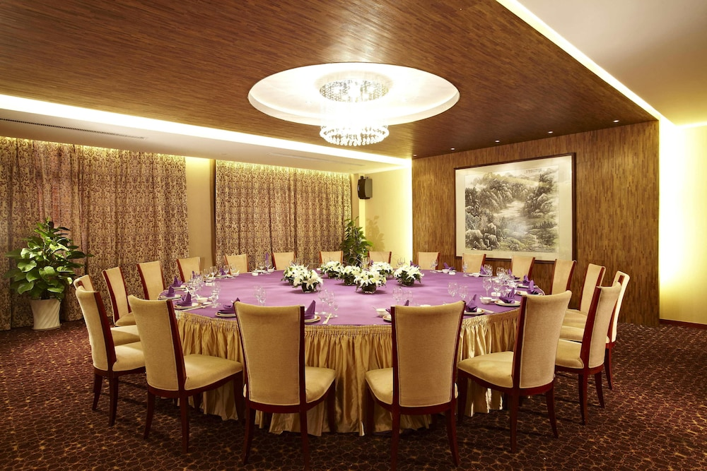 시안 지아오통 리버풀 인터내셔널 컨퍼런스 센터(Xi'an Jiaotong Liverpool International Conference Center) Hotel Thumbnail Image 10 - Restaurant