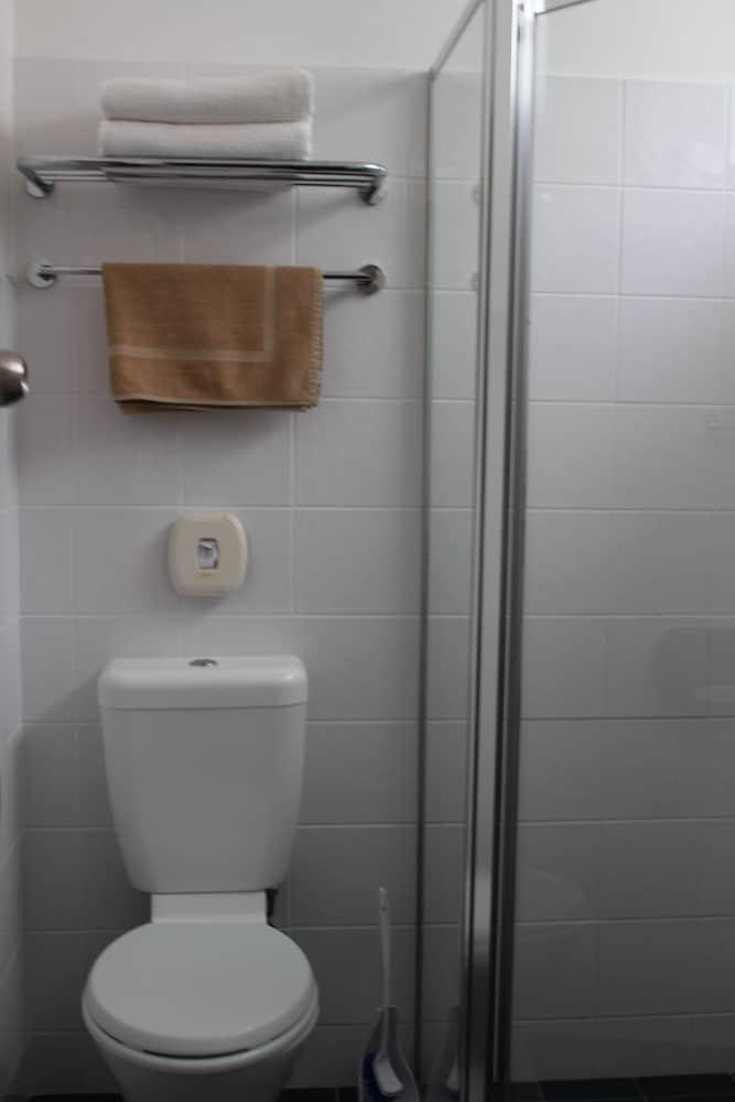 아르미달레 모텔(Armidale Motel) Hotel Image 23 - Bathroom