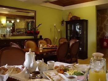 올림피아 게스트하우스(Olympia Guesthouse) Hotel Image 8 - Dining