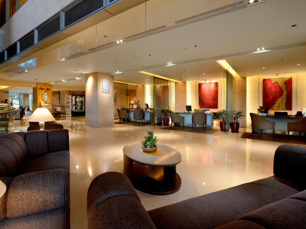 윈저 호텔 타이중(Windsor Hotel Taichung) Hotel Image 2 - Reception