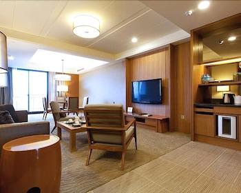 풀론 호텔 단수이 피셔맨스 와프(Fullon Hotel Tamsui Fishermen's Wharf) Hotel Image 25 - Living Room