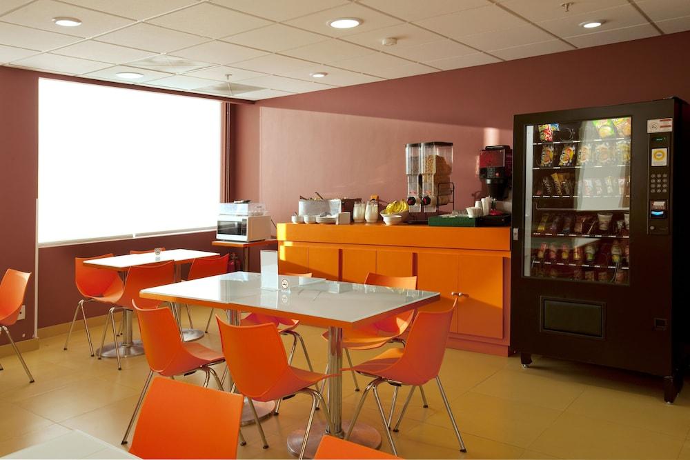 시티 익스프레스 주니어 톨루카  아에로푸에르토(City Express Junior Toluca Aeropuerto) Hotel Image 12 - Breakfast Area