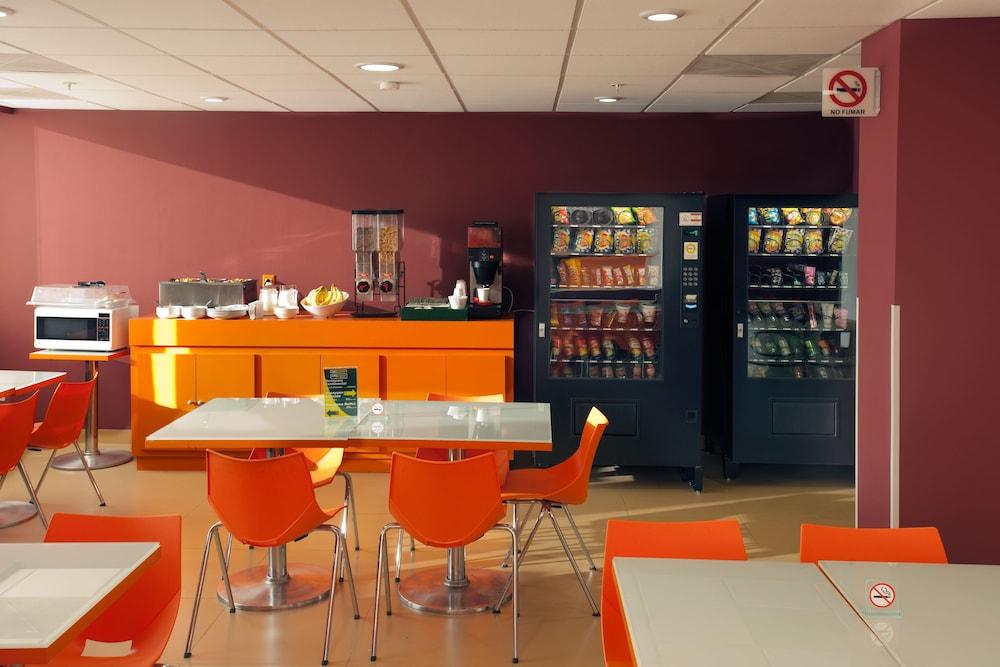 시티 익스프레스 주니어 톨루카  아에로푸에르토(City Express Junior Toluca Aeropuerto) Hotel Image 14 - Breakfast Area