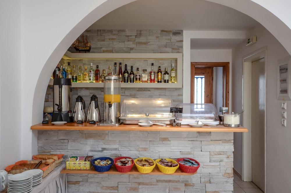 디미트라(Dimitra) Hotel Image 29 - Breakfast buffet