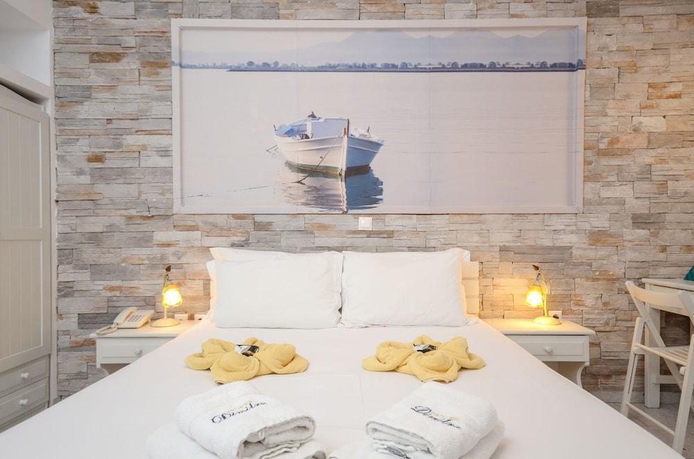 디미트라(Dimitra) Hotel Image 12 - Guestroom