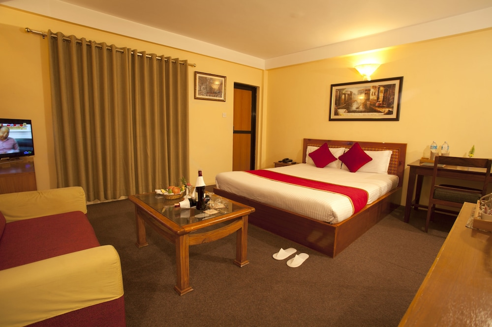 로얄 아스토리아 호텔(Royal Astoria Hotel) Hotel Image 13 - Guestroom