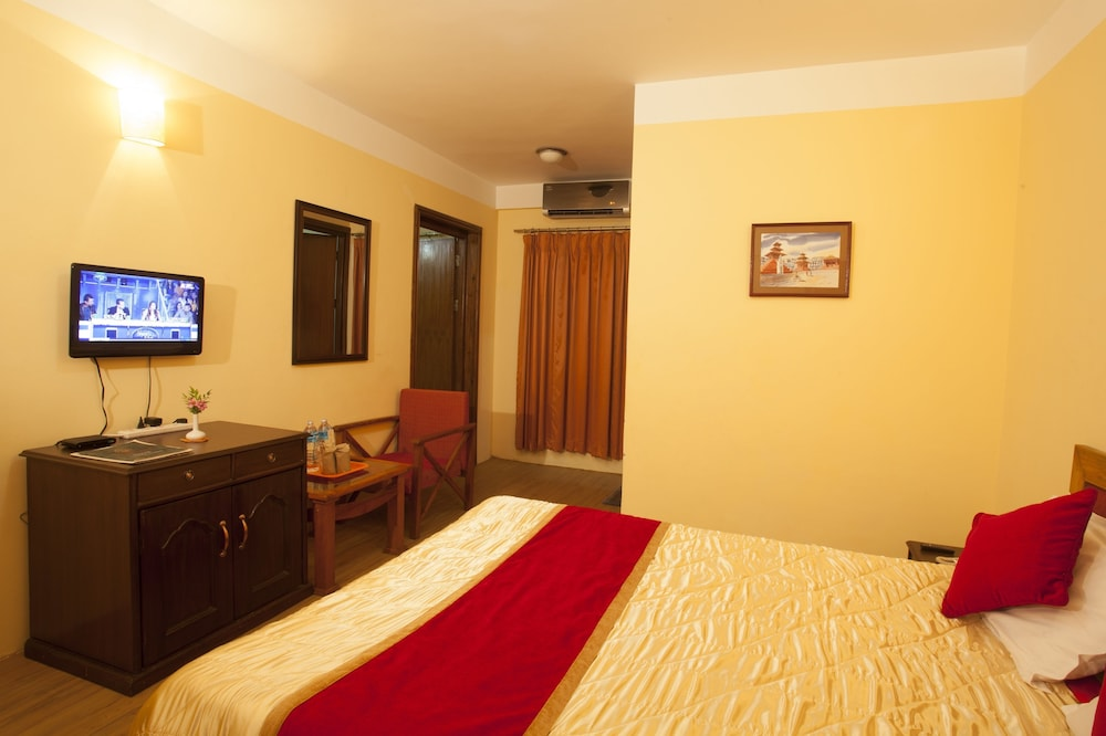 로얄 아스토리아 호텔(Royal Astoria Hotel) Hotel Image 16 - Guestroom