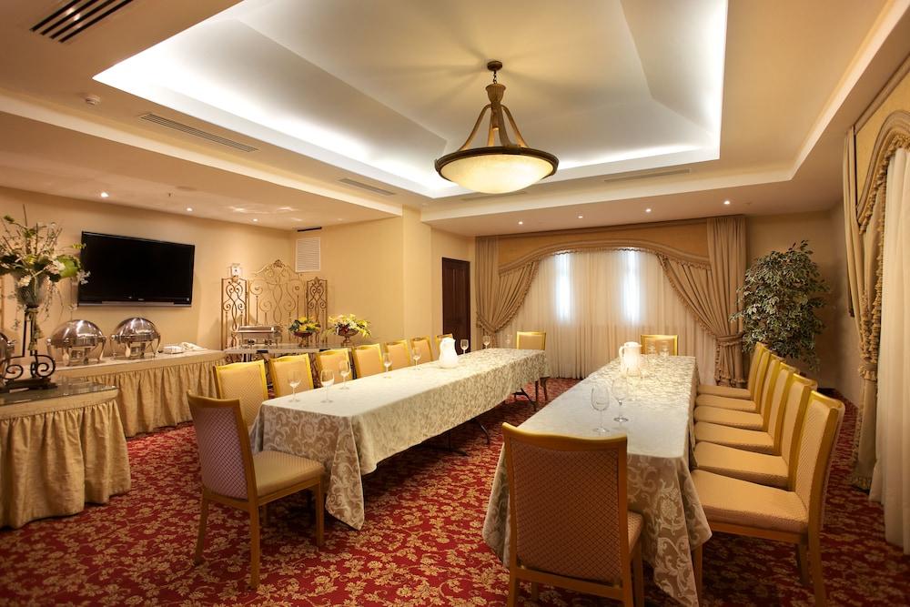 토스카나 인 호텔(Toscana Inn Hotel) Hotel Image 19 - Banquet Hall