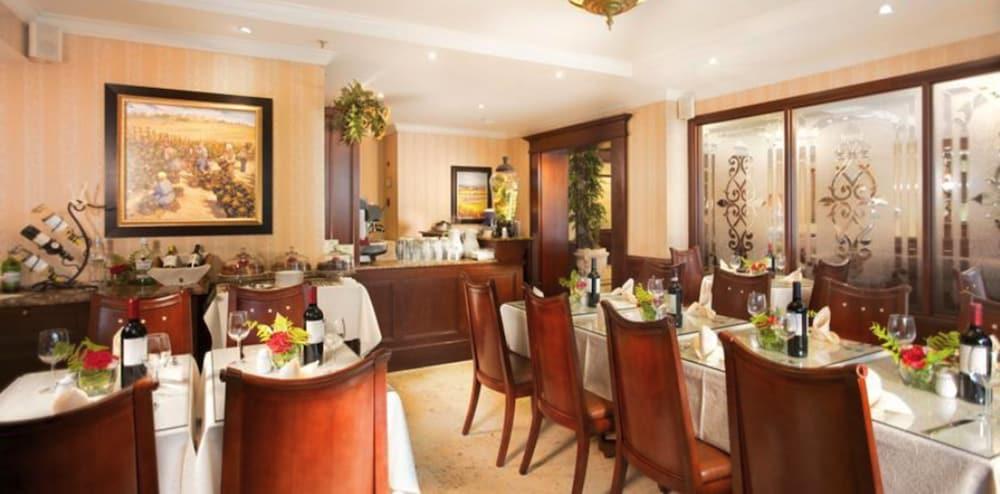 토스카나 인 호텔(Toscana Inn Hotel) Hotel Image 15 - Dining