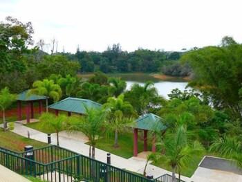 시드라 컨트리 클럽 인 & 빌라스(Cidra Country Club Inn & Villas) Hotel Image 24 - View from Hotel