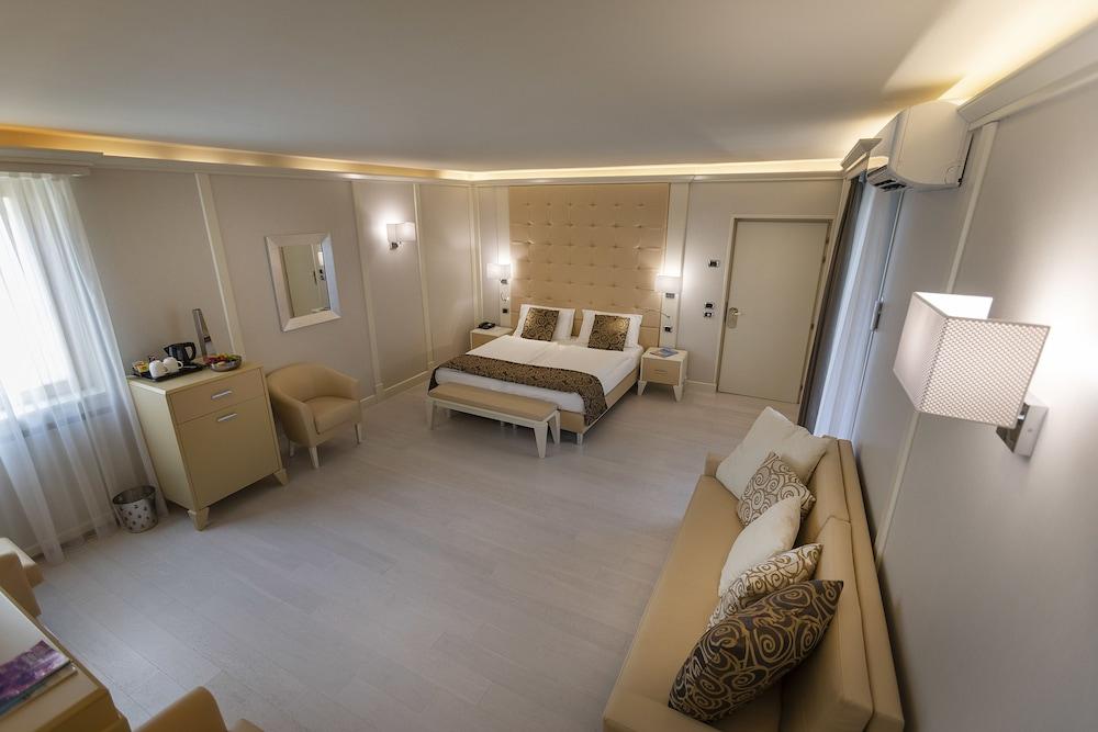 파크 호텔 임페리얼 센트로 타오 내추럴 메디컬 스파(Park Hotel Imperial Centro Tao Natural Medical Spa) Hotel Image 12 - Guestroom