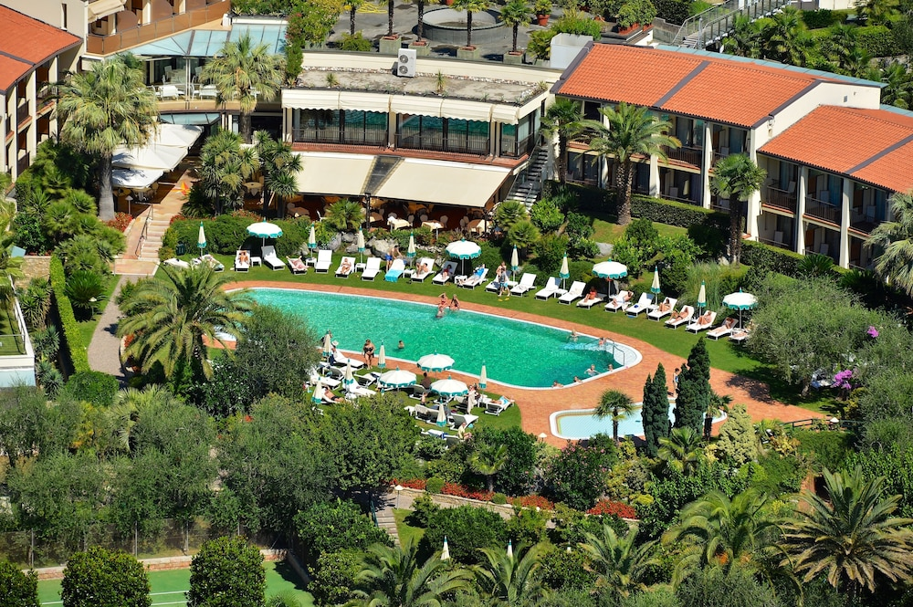 파크 호텔 임페리얼 센트로 타오 내추럴 메디컬 스파(Park Hotel Imperial Centro Tao Natural Medical Spa) Hotel Image 137 - Aerial View
