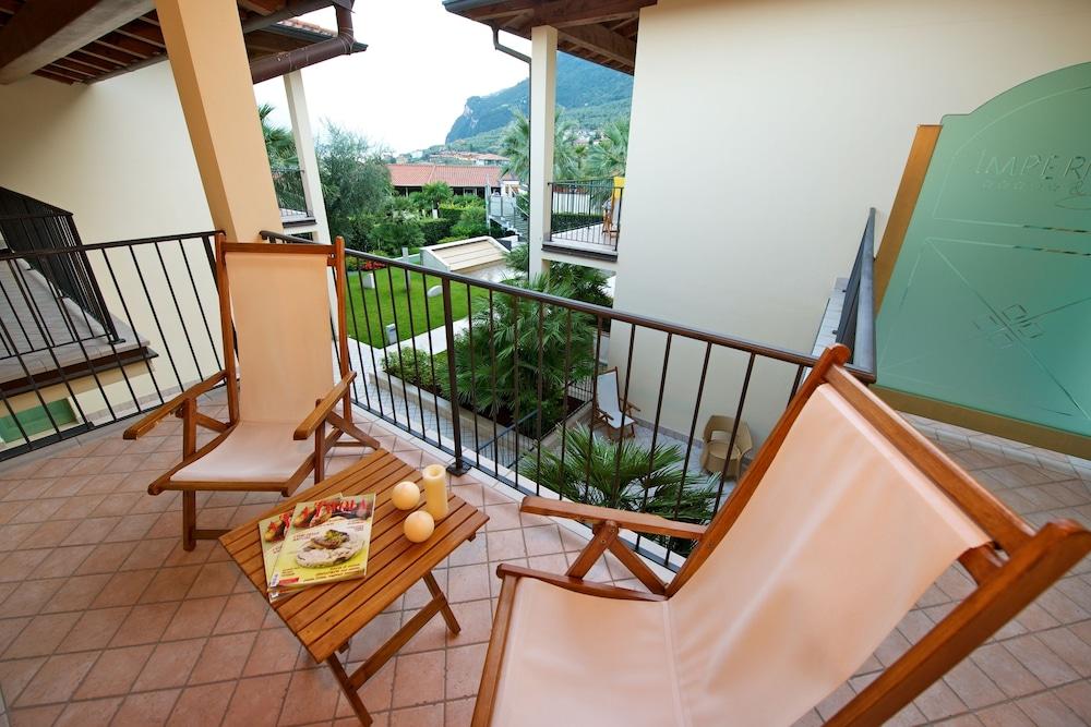 파크 호텔 임페리얼 센트로 타오 내추럴 메디컬 스파(Park Hotel Imperial Centro Tao Natural Medical Spa) Hotel Image 31 - Balcony