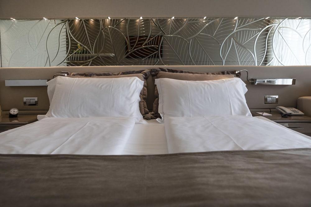 파크 호텔 임페리얼 센트로 타오 내추럴 메디컬 스파(Park Hotel Imperial Centro Tao Natural Medical Spa) Hotel Image 18 - Guestroom