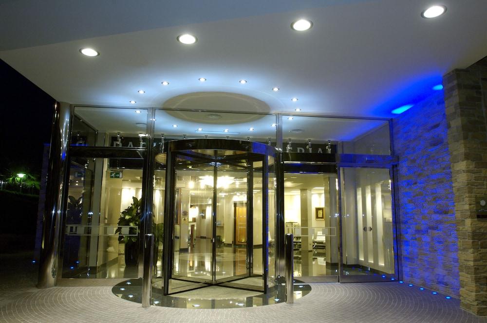파크 호텔 임페리얼 센트로 타오 내추럴 메디컬 스파(Park Hotel Imperial Centro Tao Natural Medical Spa) Hotel Image 124 - Hotel Front - Evening/Night