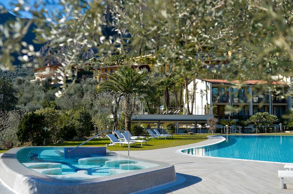 파크 호텔 임페리얼 센트로 타오 내추럴 메디컬 스파(Park Hotel Imperial Centro Tao Natural Medical Spa) Hotel Image 51 - Outdoor Pool