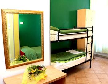 Standard Shared Dormitory, Mixed Dorm