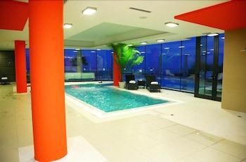 에스페리아 팰리스 호텔(Esperia Palace Hotel) Hotel Image 8 - Indoor Pool