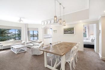 3 Bedroom Deluxe Beachfront