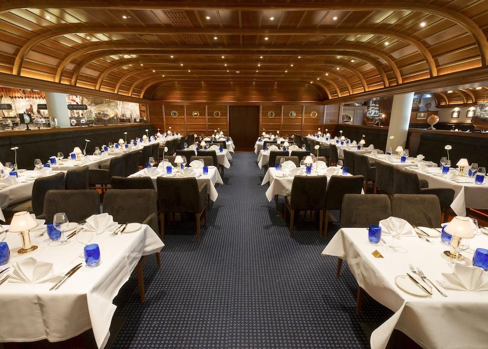 오이로파-파크 프라이차이트파크 & 에어레프니스-리조트, 호텔 벨 록(Europa-Park Freizeitpark & Erlebnis-Resort, Hotel Bell Rock) Hotel Image 40 - Restaurant