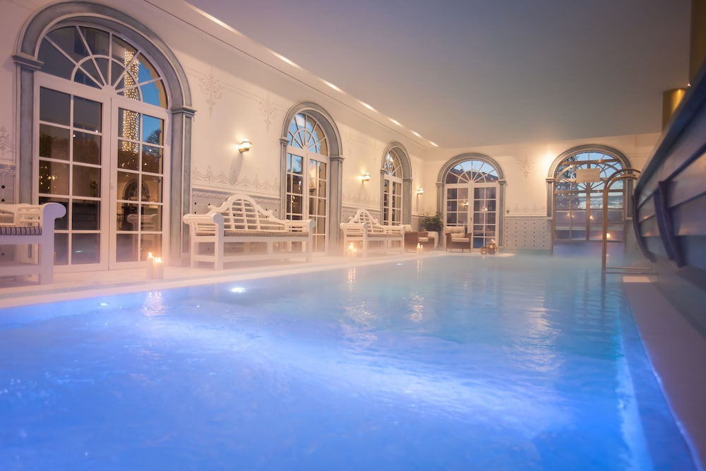 오이로파-파크 프라이차이트파크 & 에어레프니스-리조트, 호텔 벨 록(Europa-Park Freizeitpark & Erlebnis-Resort, Hotel Bell Rock) Hotel Image 11 - Indoor Pool