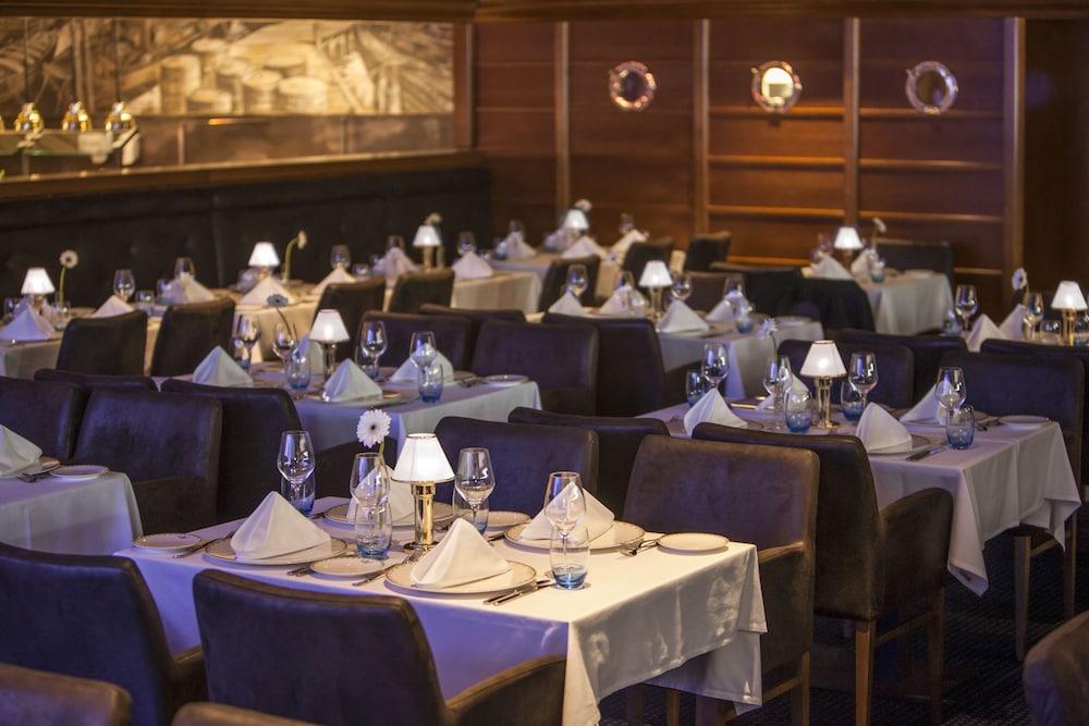 오이로파-파크 프라이차이트파크 & 에어레프니스-리조트, 호텔 벨 록(Europa-Park Freizeitpark & Erlebnis-Resort, Hotel Bell Rock) Hotel Image 43 - Restaurant