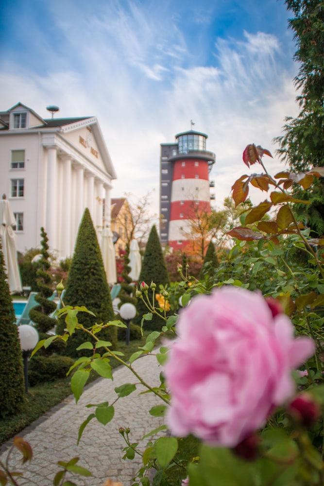 오이로파-파크 프라이차이트파크 & 에어레프니스-리조트, 호텔 벨 록(Europa-Park Freizeitpark & Erlebnis-Resort, Hotel Bell Rock) Hotel Image 10 - View from Hotel
