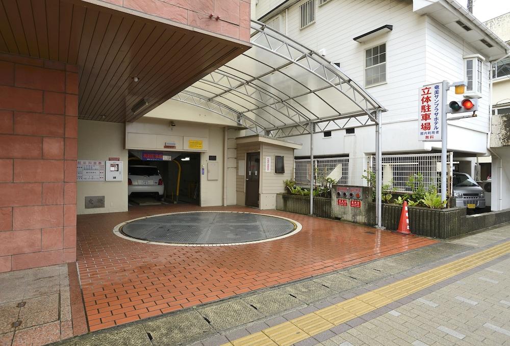 아마미 선플라자 호텔(Amami Sunplaza Hotel) Hotel Image 29 - Exterior