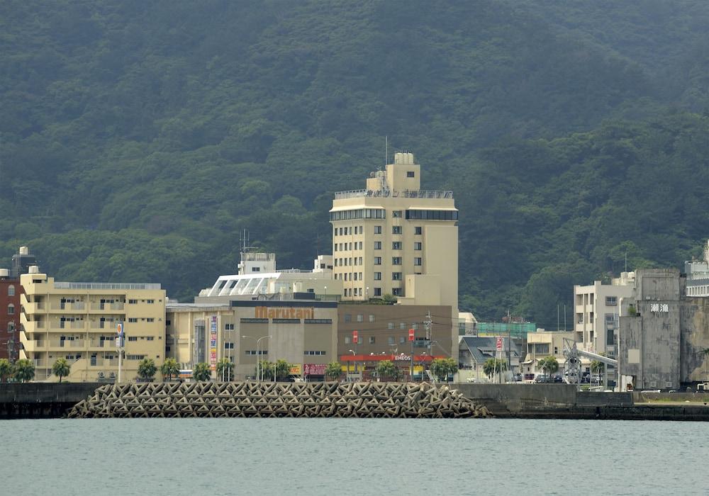 아마미 선플라자 호텔(Amami Sunplaza Hotel) Hotel Image 15 - Mountain View