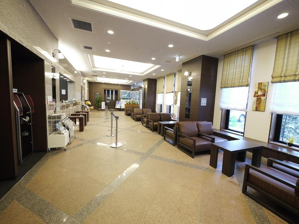 호텔 루트-인 치토세 에키마에(Hotel Route-Inn Chitose Ekimae) Hotel Image 1 - Lobby