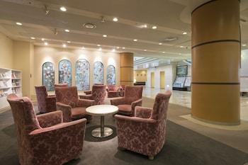ARK HOTEL OKAYAMA - ROUTE-INN HOTELS - Lobby Sitting Area