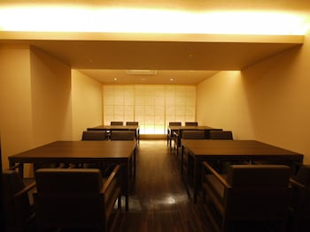 HIMEJI CASTLE GRANDVRIO HOTEL - ROUTE-INN HOTELS - Dining
