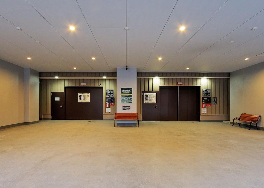 호텔 루트-인 나고야 이마이케 에키마에(Hotel Route-Inn Nagoya Imaike Ekimae) Hotel Image 12 - Parking